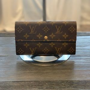 Louis Vuitton Sarah Wallet Monogram